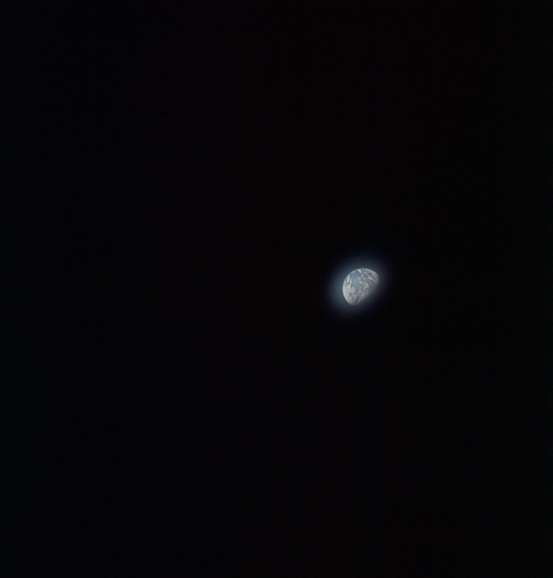 Apollo_8_as08-16-2604